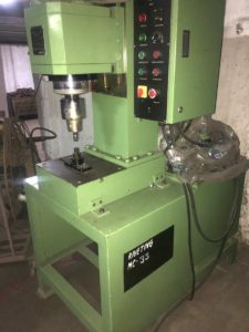 Riveting machine 12H